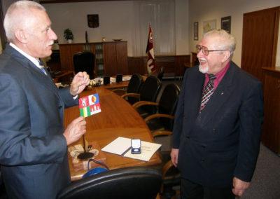 S Mons. Karlem Fořtem u příležitosti udělení stříbrné Pamětní medaile Jihočeského kraje 9.11.2006
